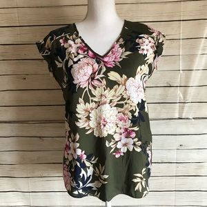 New York & Company Green Floral Blouse